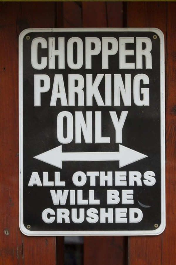 Csak chopperrel parkolhatsz!